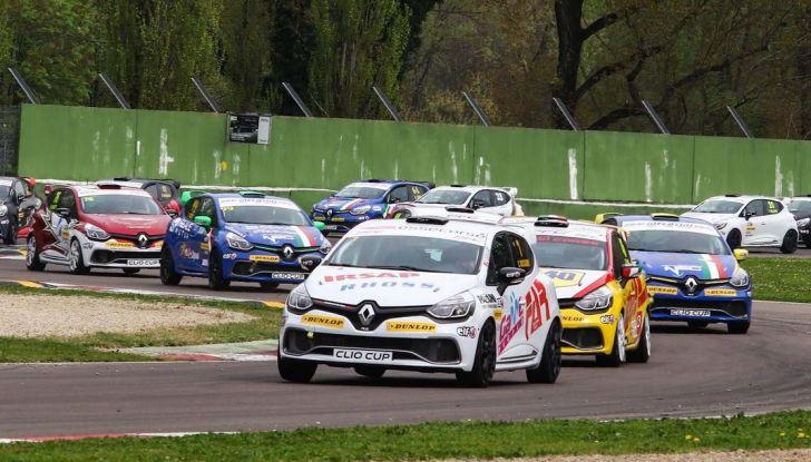 Renault Clio Cup 2018, dopo la vittoria 2017 Infomotori torna in pista alla Press League - Foto 32 di 32