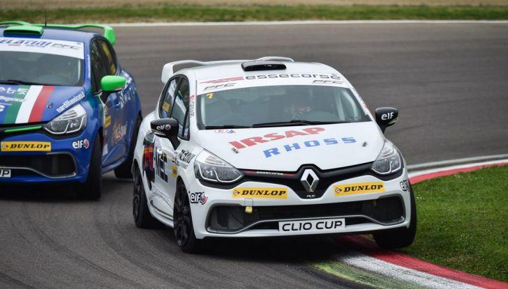 Renault Clio Cup 2018, dopo la vittoria 2017 Infomotori torna in pista alla Press League - Foto 29 di 32