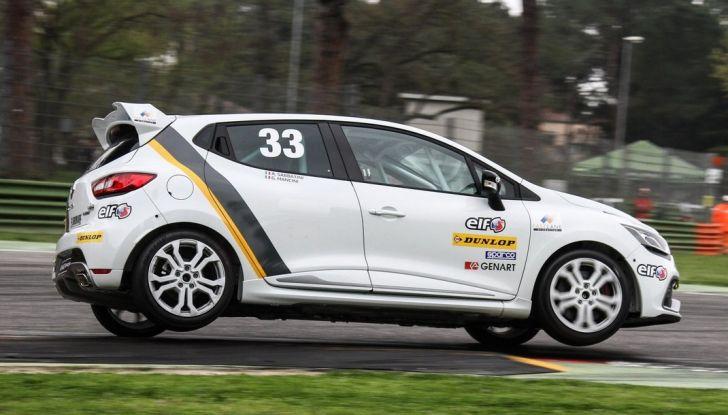 Renault Clio Cup 2018, dopo la vittoria 2017 Infomotori torna in pista alla Press League - Foto 30 di 32