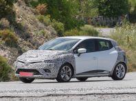 Renault Clio Facelift, le prime immagini del nuovo modello