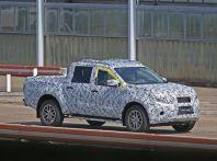 Mercedes Benz GLT Pickup: ecco le foto spia del prototipo