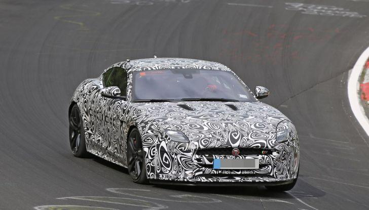 Nuova Jaguar F-Type: le foto spia del Facelift - Foto 1 di 19