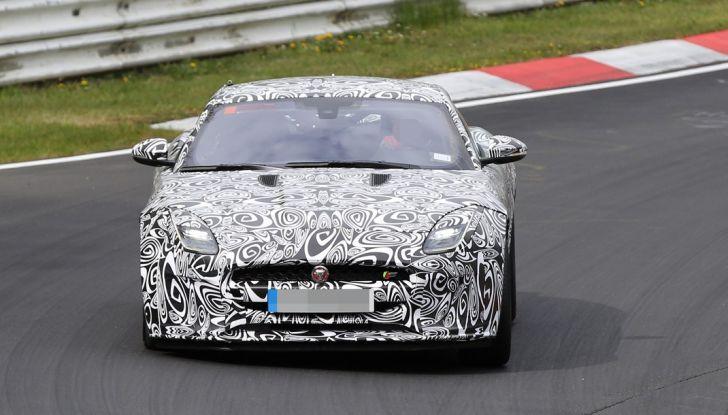 Nuova Jaguar F-Type: le foto spia del Facelift - Foto 5 di 19