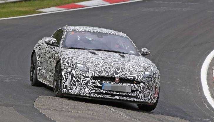 Nuova Jaguar F-Type: le foto spia del Facelift - Foto 6 di 19