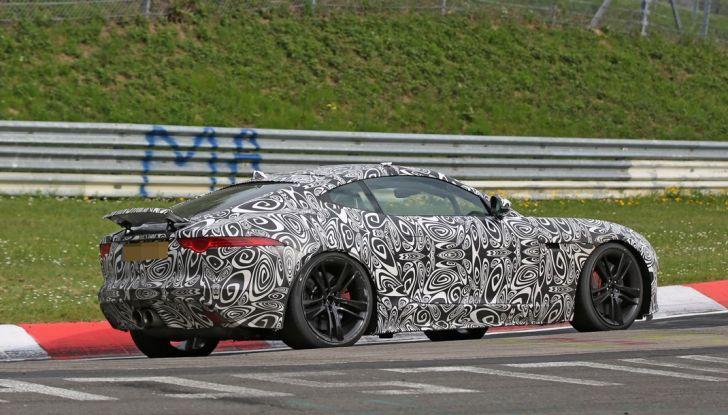 Nuova Jaguar F-Type: le foto spia del Facelift - Foto 9 di 19