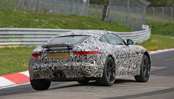 Nuova Jaguar F-Type: le foto spia del Facelift - Foto 10 di 19