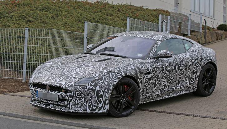 Nuova Jaguar F-Type: le foto spia del Facelift - Foto 14 di 19