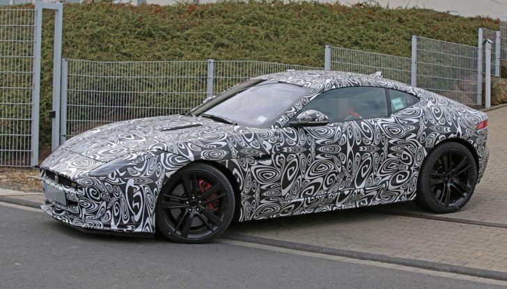 Nuova Jaguar F-Type: le foto spia del Facelift - Foto 15 di 19