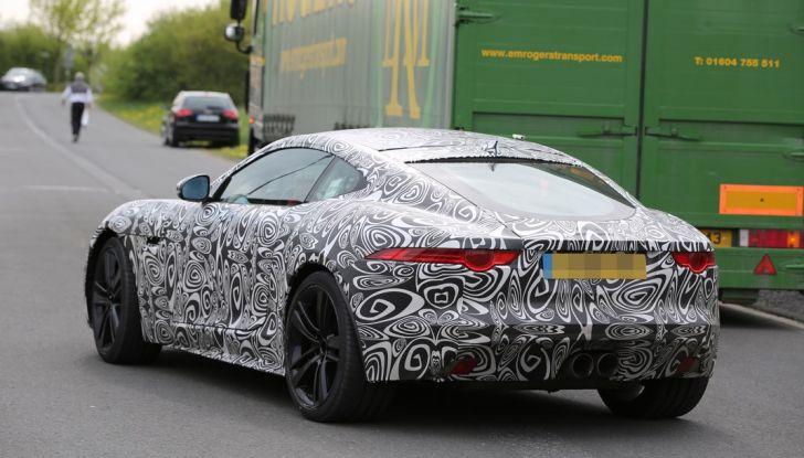 Nuova Jaguar F-Type: le foto spia del Facelift - Foto 18 di 19