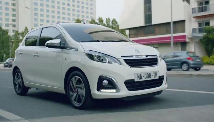"""Peugeot 108, nuova campagna con la canzone """"Una come te"""" di Cesare Cremonini - Foto 2 di 10"""