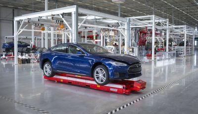 Tesla: viaggio a Tilburg, il centro produttivo dove nascono le auto elettriche