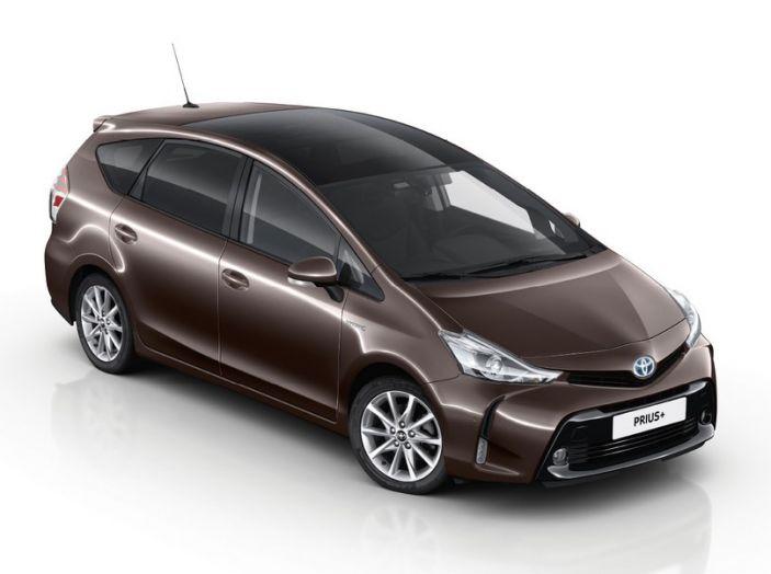 Toyota Prius +: maggiore comfort e tecnologia per il Model Year 2016 - Foto 5 di 14