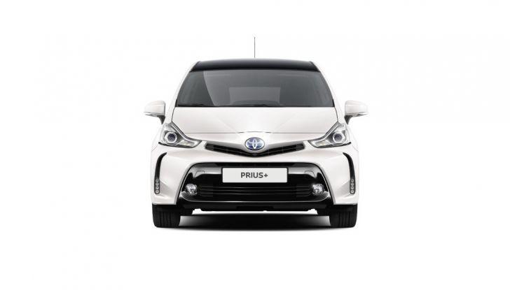 Toyota Prius +: maggiore comfort e tecnologia per il Model Year 2016 - Foto 4 di 14
