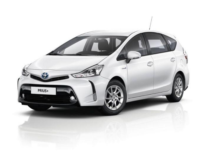 Toyota Prius +: maggiore comfort e tecnologia per il Model Year 2016 - Foto 12 di 14