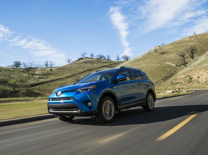 Le 5 auto ibride più vendute nel 2016 - Foto 7 di 11