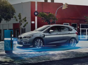 Bollo auto elettriche e ibride: vantaggi ed esenzioni
