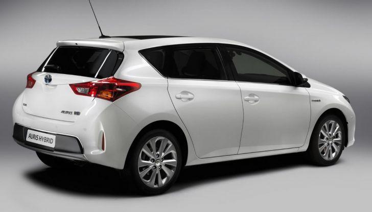 Bollo auto elettriche e ibride: vantaggi ed esenzioni - Foto 6 di 11