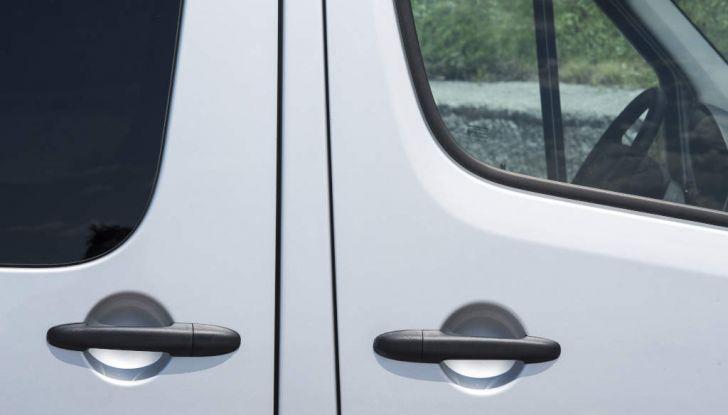 Mercedes Sprinter: prova su strada, allestimenti e prezzi - Foto 14 di 21