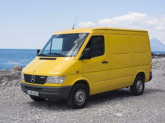 Mercedes Sprinter: prova su strada, allestimenti e prezzi - Foto 17 di 21