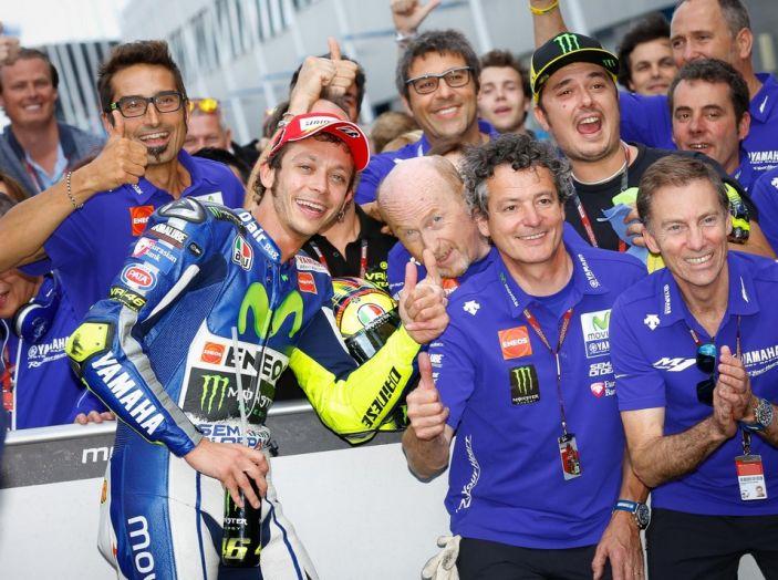 Risultati Assen 2016, MotoGP: FP1 ed FP2 a Iannone, Rossi secondo – Orari TV - Foto 20 di 29