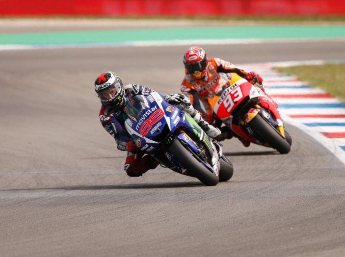 Risultati Assen 2016, MotoGP: FP1 ed FP2 a Iannone, Rossi secondo – Orari TV - Foto 14 di 29