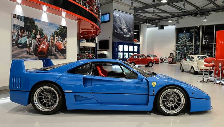 1992 ferrari f40 blue laterale