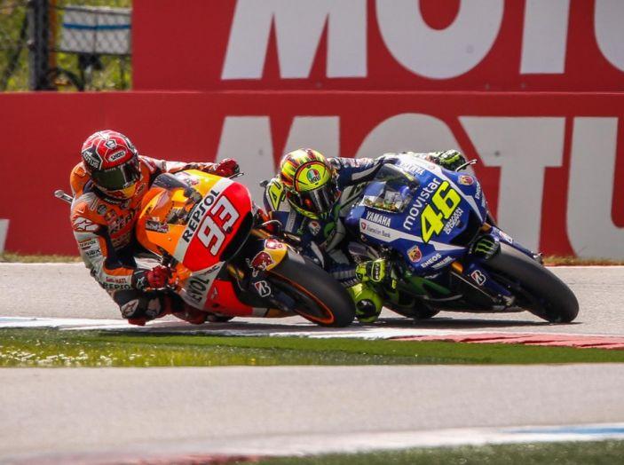 Risultati Assen 2016, MotoGP: FP1 ed FP2 a Iannone, Rossi secondo – Orari TV - Foto 8 di 29