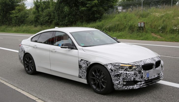 BMW Serie 4 GranCoupe facelift, le prime immagini spia senza camuffature (2)