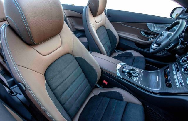 Nuova Mercedes Classe C Cabrio: prova su strada, motori, allestimenti e prezzi - Foto 4 di 11