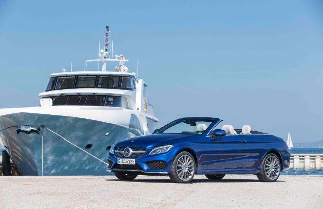 Nuova Mercedes Classe C Cabrio: prova su strada, motori, allestimenti e prezzi - Foto 9 di 11