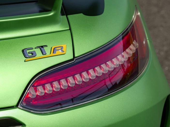 Nuova Mercedes AMG GT R: il V8 da 585CV e 700Nm - Foto 6 di 39