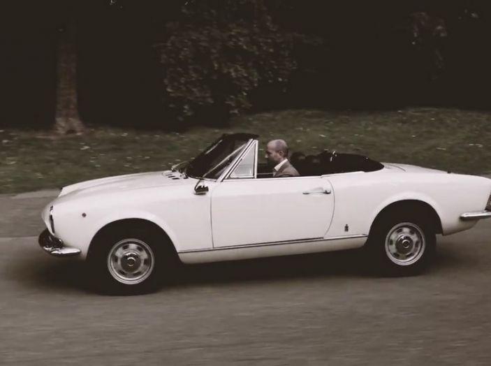 Fiat 124 Spider e Luca Napolitano.