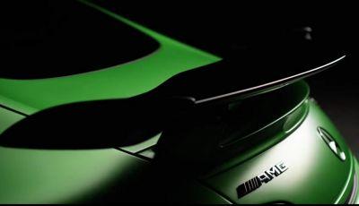 Nuova Mercedes AMG GT R: le prime immagini