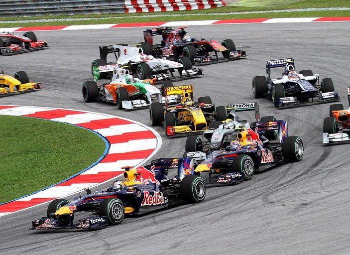 Risultati F1 2016, GP Abu Dhabi: pole a Hamilton, Raikkonen partirà dalla quarta posizione - Foto 4 di 16