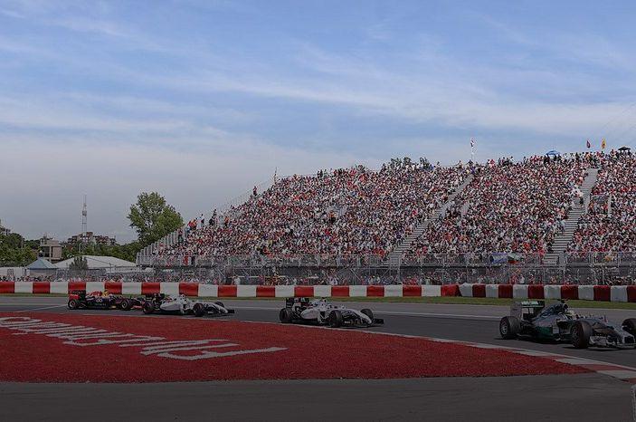 Risultati F1 2016, GP Abu Dhabi: pole a Hamilton, Raikkonen partirà dalla quarta posizione - Foto 5 di 16