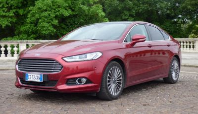 Nuova Ford Mondeo Titanium 2.0 TDCi 180 CV prova su strada e prezzi