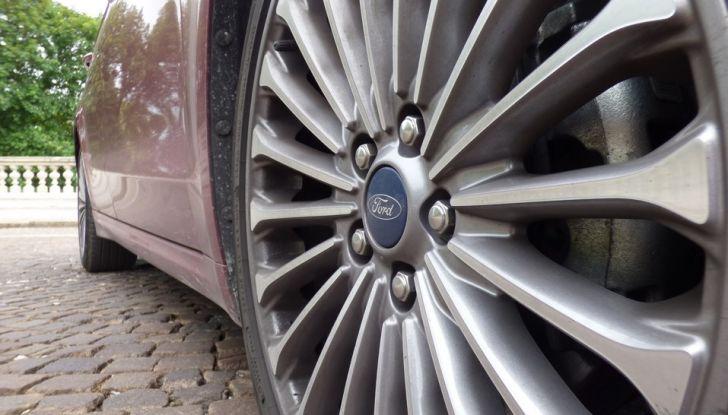 Nuova Ford Mondeo Titanium 2.0 TDCi 180 CV prova su strada e prezzi.