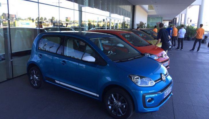 Nuova Volkswagen up! restyling, provata su strada la nuova citycar con un prezzo di 11.000 euro - Foto 9 di 16