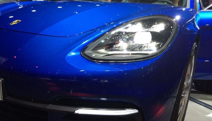 Nuova Porsche Panamera fanale