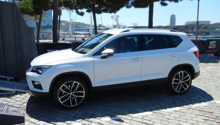 Nuova Seat Ateca: prova su strada, caratteristiche tecniche, motori e prezzi - Foto 15 di 26