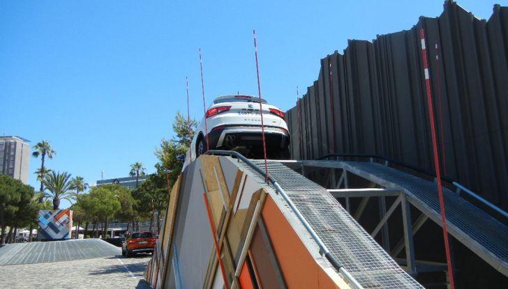 Nuova Seat Ateca: prova su strada, caratteristiche tecniche, motori e prezzi - Foto 17 di 26