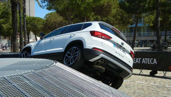 Nuova Seat Ateca: prova su strada, caratteristiche tecniche, motori e prezzi - Foto 19 di 26