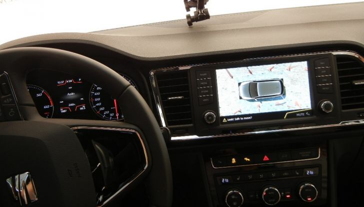 Nuova Seat Ateca: prova su strada, caratteristiche tecniche, motori e prezzi - Foto 23 di 26