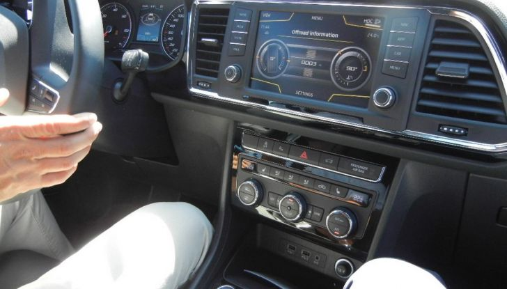 Nuova Seat Ateca: prova su strada, caratteristiche tecniche, motori e prezzi - Foto 24 di 26