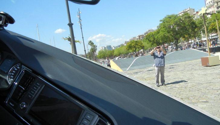 Nuova Seat Ateca: prova su strada, caratteristiche tecniche, motori e prezzi - Foto 25 di 26