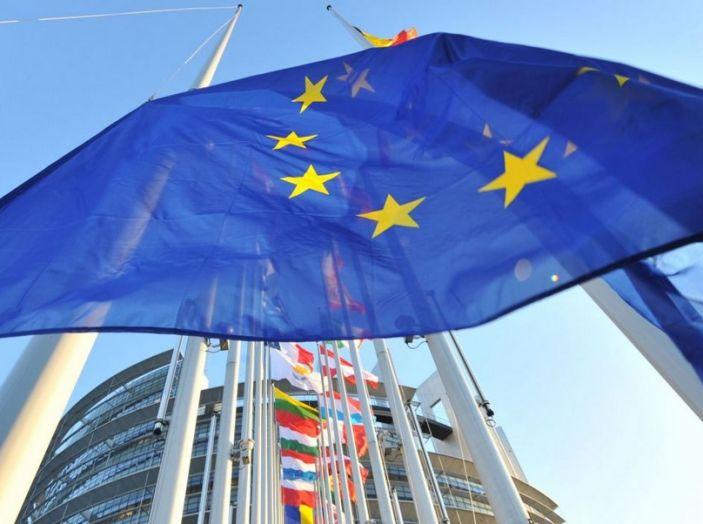 Emissioni CO2 e consumi: la Ue approva nuovi test - Foto 3 di 9