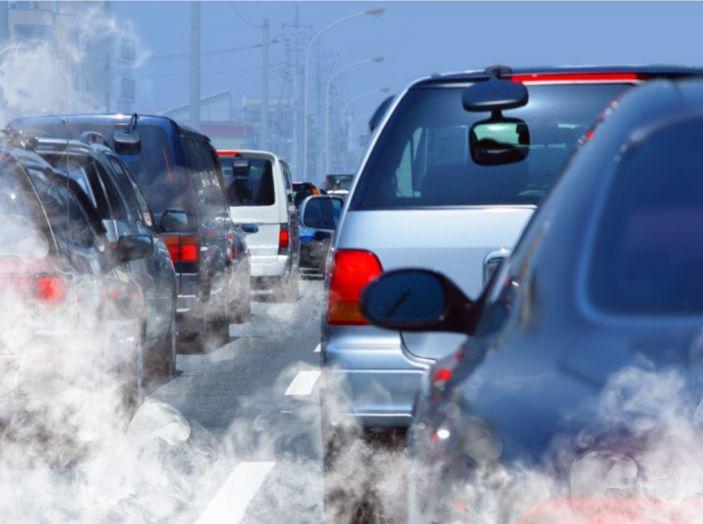 Emissioni CO2 e consumi: la Ue approva nuovi test - Foto 1 di 9