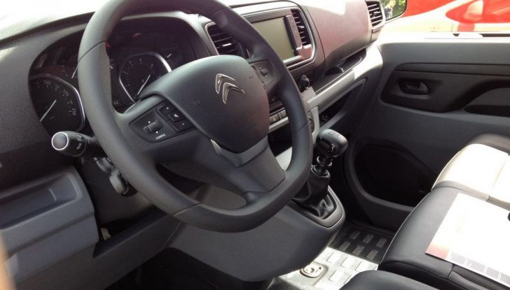 Nuovo Citroen Jumpy interno