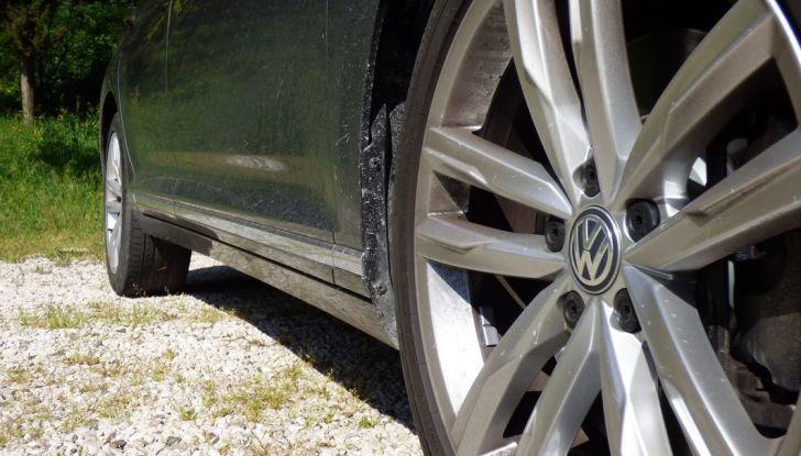 Volkswagen Passat Variant BiTdi da 240CV: la prova della wagon da corsa - Foto 9 di 29