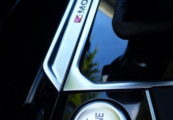 Volkswagen Passat Variant BiTdi da 240CV: la prova della wagon da corsa - Foto 6 di 29